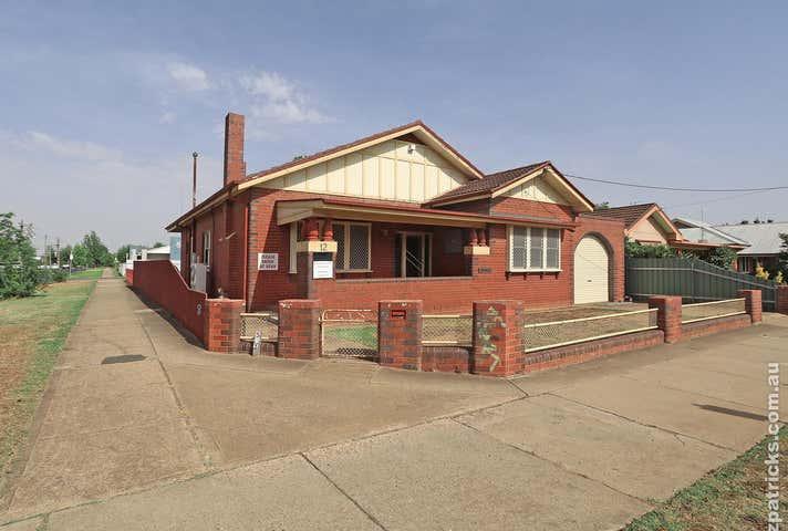 12 Docker Street Wagga Wagga NSW 2650 - Image 1