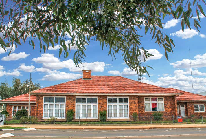 14 Louise Street Cunnamulla QLD 4490 - Image 1