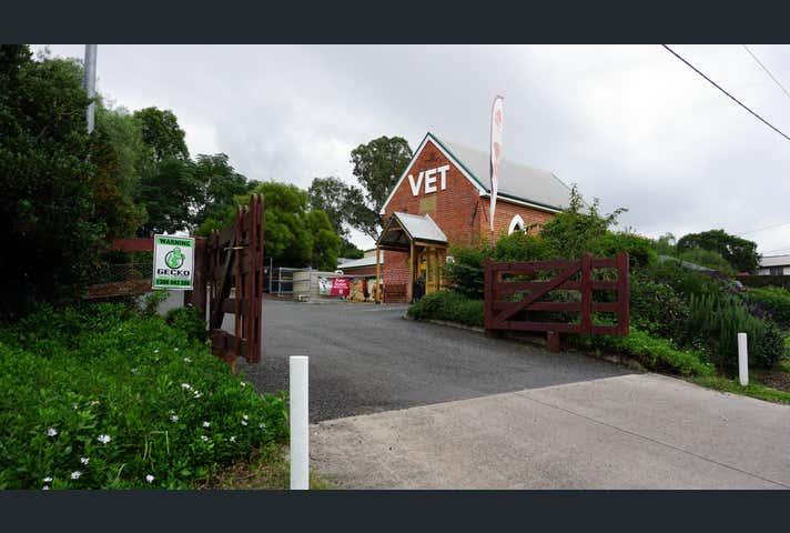 9 Bailey Close Singleton NSW 2330 - Image 1