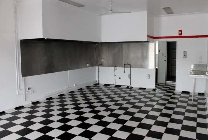 2/90 Gavin Street Bundaberg North QLD 4670 - Image 1