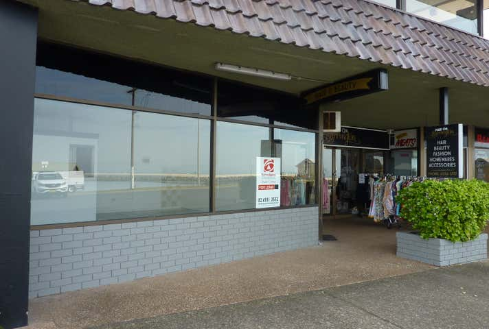 Shop 5, 21 Beach Street Harrington NSW 2427 - Image 1