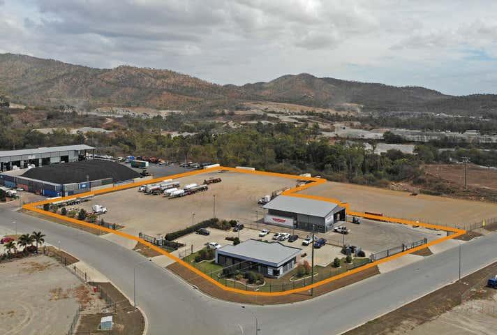 2-6 Curley Circuit Roseneath QLD 4811 - Image 1