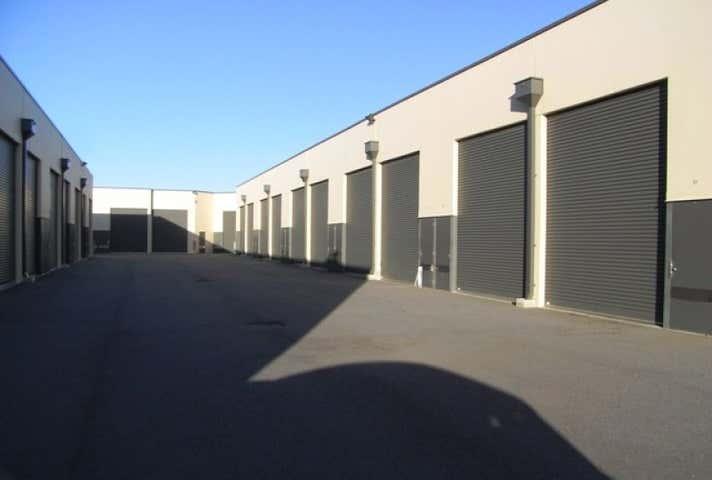 Unit 4, 26 Fitzgerald Road Greenfields WA 6210 - Image 1