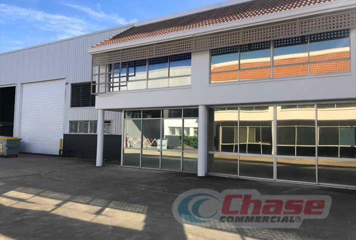 2/272 Lavarack Avenue Pinkenba QLD 4008 - Image 1