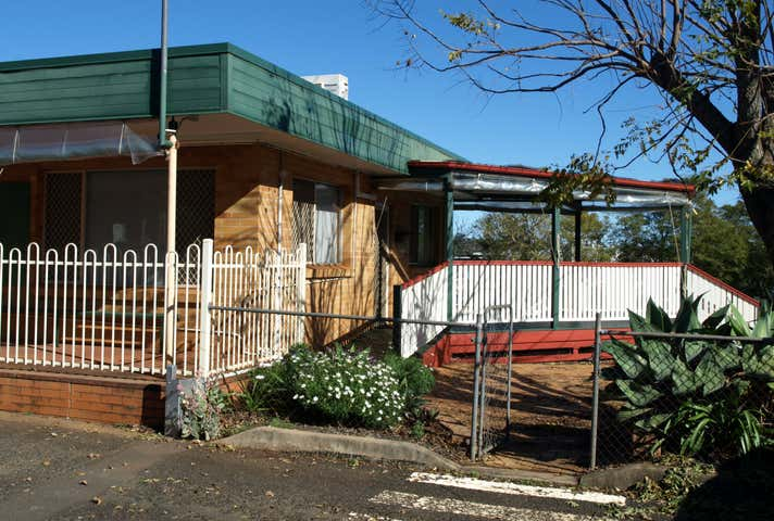 154 James Street South Toowoomba QLD 4350 - Image 1