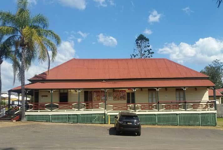 The Hidewaway Station Hotel , 4-6 Walter Street, Tiaro, Qld 4650