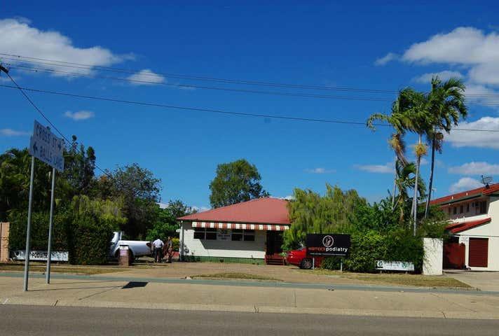 32 Ross River Road, Mundingburra, Qld 4812