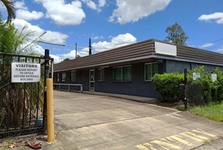 11 William street Blackstone QLD 4304 - Image 1
