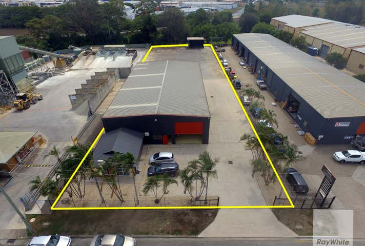 17 Belconnen Crecent Brendale QLD 4500 - Image 1