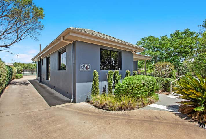 221A Hume Street South Toowoomba QLD 4350 - Image 1