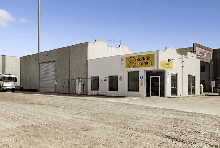 7 Vella Drive Sunshine West VIC 3020 - Image 1