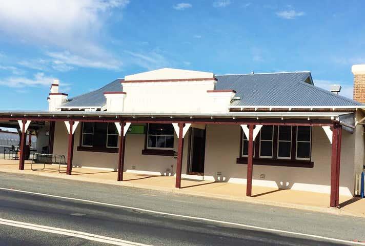 Top Town Tavern, 74 Neeld Street Wyalong NSW 2671 - Image 1