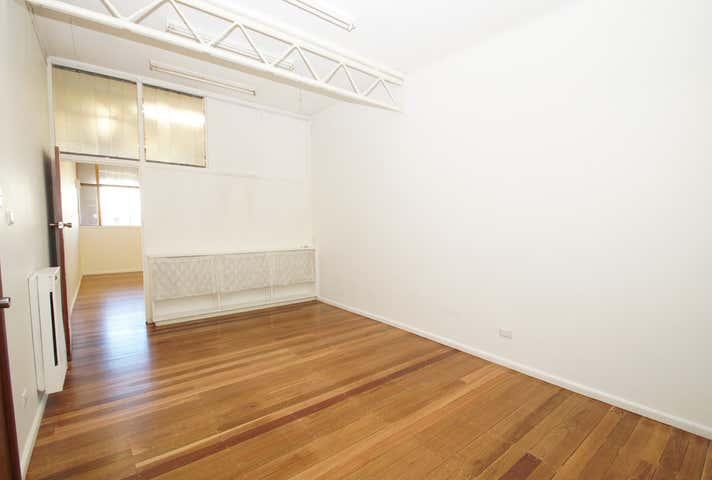2/211 Beardy Street Armidale NSW 2350 - Image 1