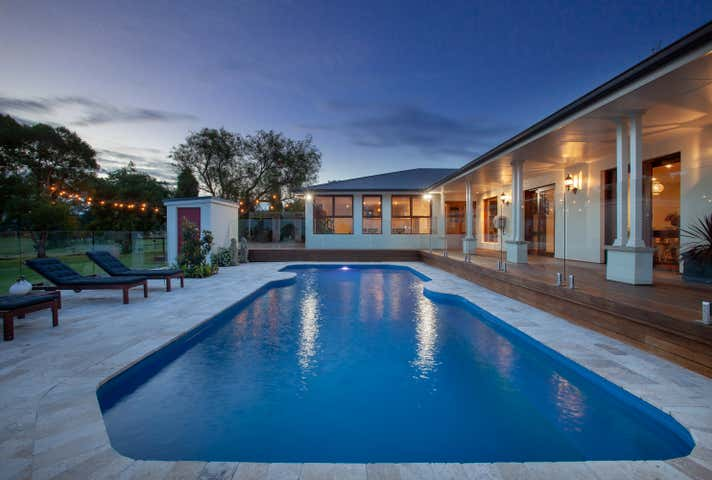 61 Lenaghans Drive Black Hill NSW 2322 - Image 1