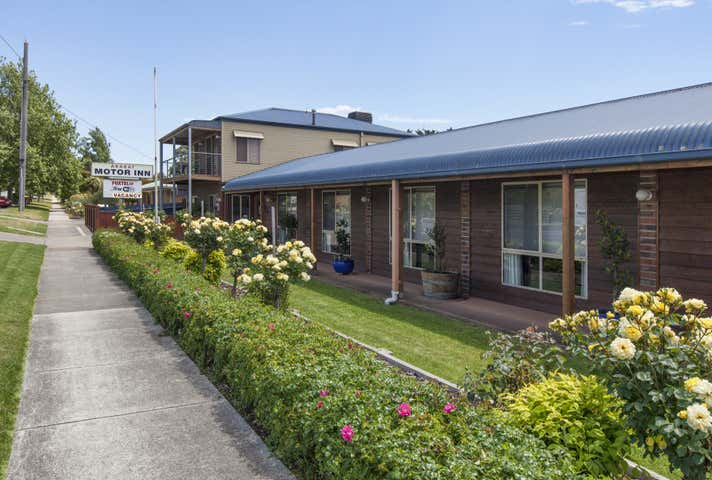 Ararat, address available on request