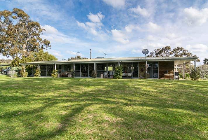 499 Mosquito Hill Road Mount Compass SA 5210 - Image 1