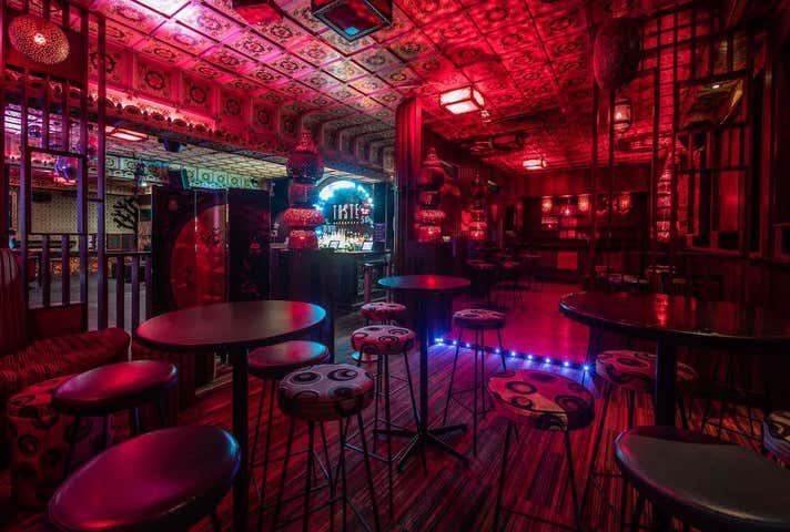 Deluxe Bar & Lounge, 595 Mount Alexander Road Moonee Ponds VIC 3039 - Image 1