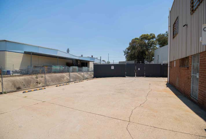 9/6-7  Kellaway Place Wetherill Park NSW 2164 - Image 1