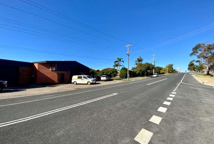 Bay 1, 105 Manning Street Taree NSW 2430 - Image 1