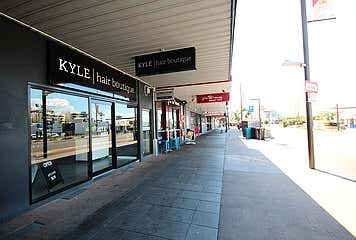 2/225 Flinders Townsville City QLD 4810 - Image 1