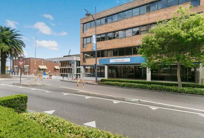 Suite 3.01, 40 Mann Street, Gosford, NSW 2250