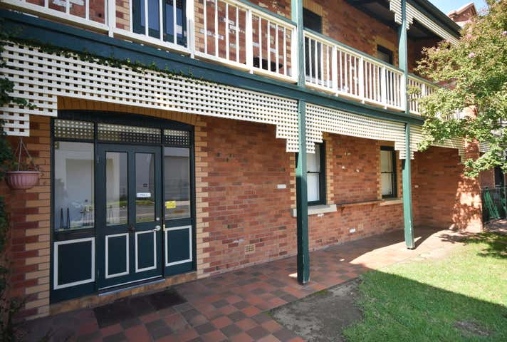 Suite A, 1/556 Macauley Street Albury NSW 2640 - Image 1
