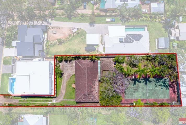 20 PALM Avenue, Holland Park West, Qld 4121
