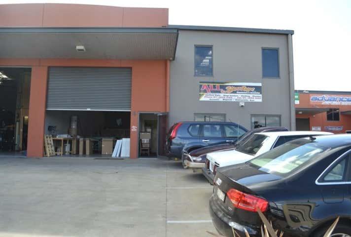 Unit 4, 82 Vanity Street Rockville QLD 4350 - Image 1