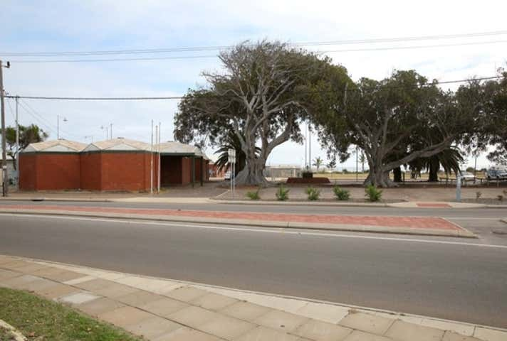 268 Marine Terrace Geraldton WA 6530 - Image 1