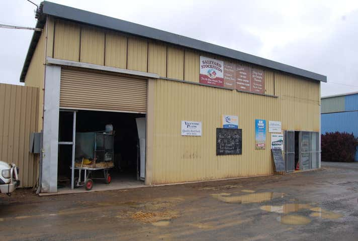 2 / 757 Capricorn Highway Gracemere QLD 4702 - Image 1