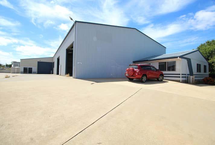 5 Freighter Avenue Wilsonton QLD 4350 - Image 1