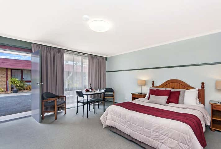 Melaleuca Motel, 25 Bentinck Street Portland VIC 3305 - Image 1