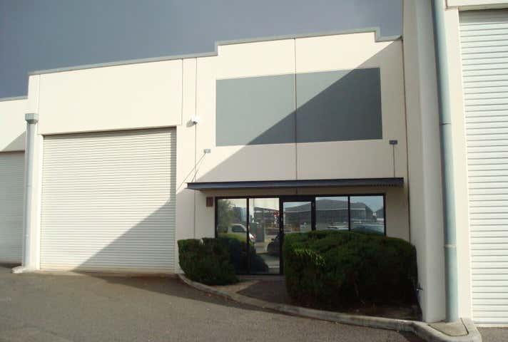 4/145 Beechboro Road South Embleton WA 6062 - Image 1