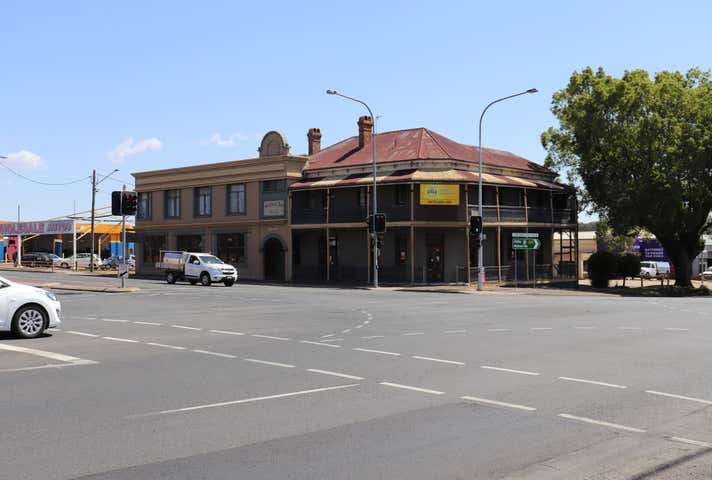 633 Ruthven Street South Toowoomba QLD 4350 - Image 1