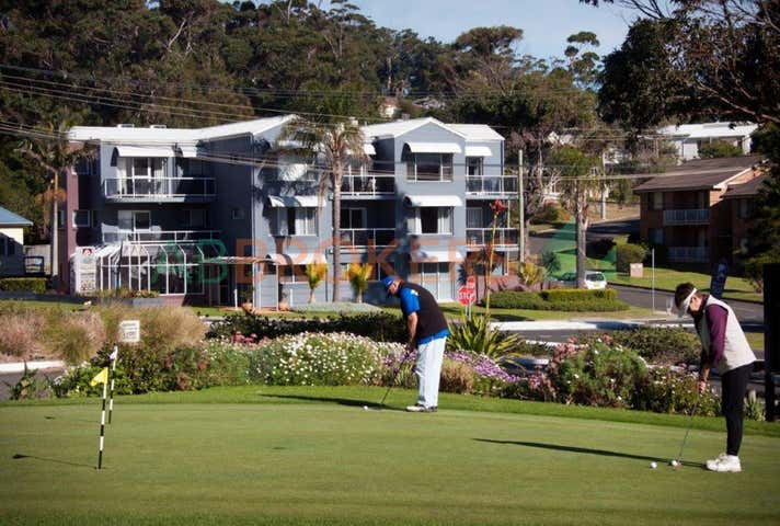 17 Golf Avenue Mollymook NSW 2539 - Image 1