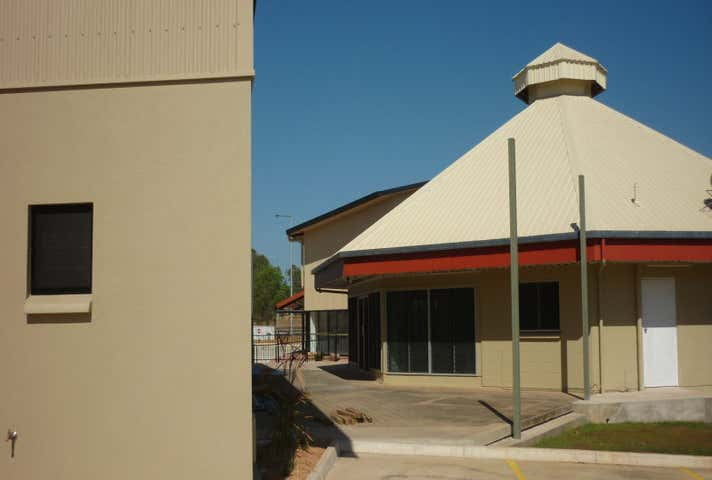 T11, 5 McKenzie Place, Yarrawonga NT 0830 - Image 1