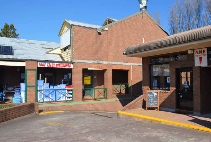 Level 1, 15-17 Plantation Street Wentworth Falls NSW 2782 - Image 1