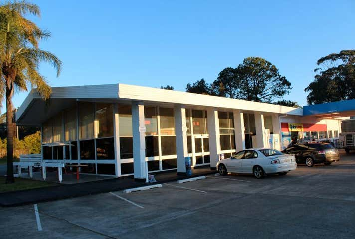 United Petroleum, Shop 2/165 Pacific Highway Coffs Harbour NSW 2450 - Image 1