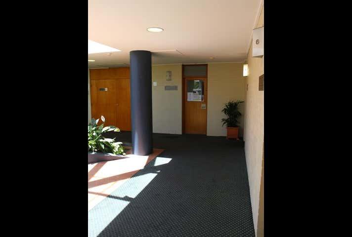 Suite 8, 7 Scott Street East Toowoomba QLD 4350 - Image 1