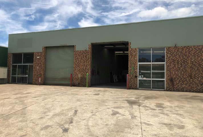 1/21 Elliot Court Hillcrest QLD 4118 - Image 1