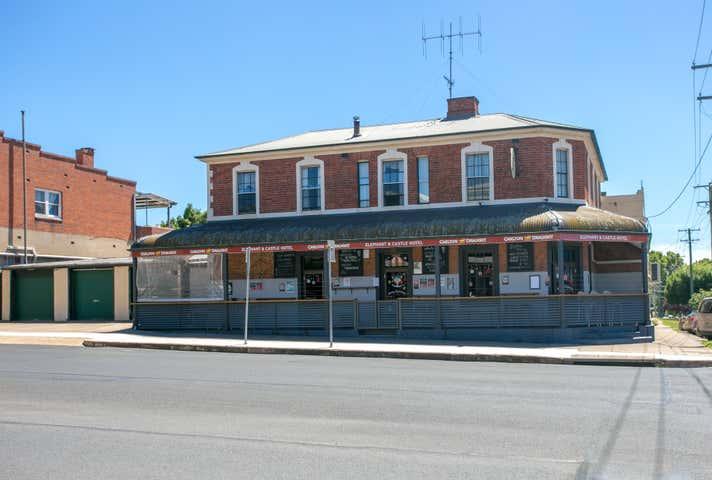 Elephant & Castle Hotel, 35 Keppel Street, Bathurst, NSW 2795