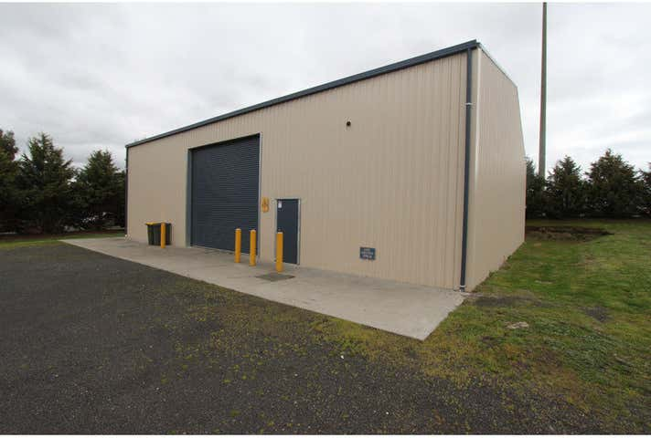 Shed 2, 7 Kembla Place Kelso NSW 2795 - Image 1