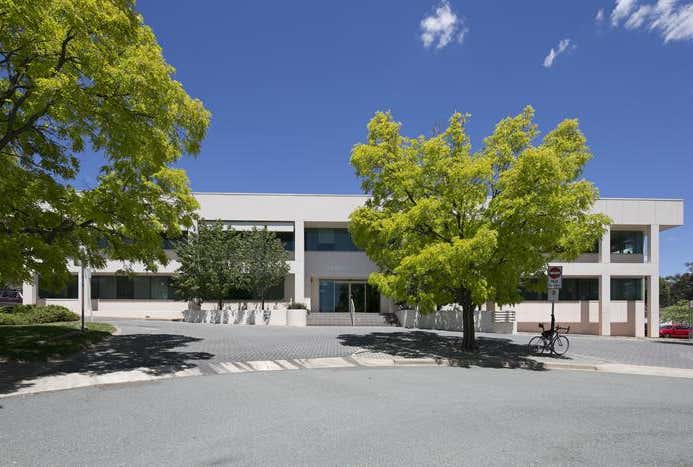Football House, Unit 4, 3-5  Phipps Close Deakin ACT 2600 - Image 1