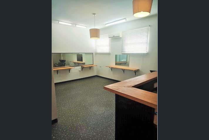 Shop 6 and shop  7 , 150 Bay Terrace Wynnum QLD 4178 - Image 1