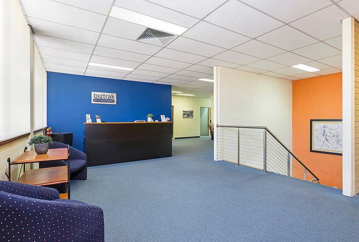 1st Floor/320 Urana Road Lavington NSW 2641 - Image 1
