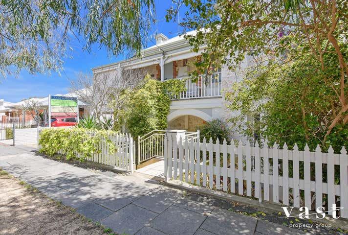 1/32 Arundel Street Fremantle WA 6160 - Image 1