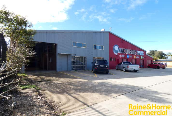(S), Unit 1, 25 Jambali Road (11 Belah Road) Port Macquarie NSW 2444 - Image 1