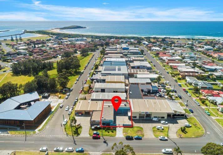 2 Woolworths Avenue Lake Illawarra NSW 2528 - Image 2