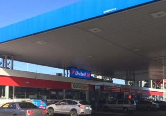 United Petroleum - Southbank, 151-165 Kings Way Southbank VIC 3006 - Image 1