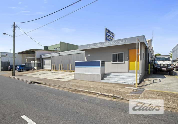 1/11 Mountjoy Street Woolloongabba QLD 4102 - Image 1